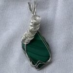 MALACHITE CABOCHON SLIDE
